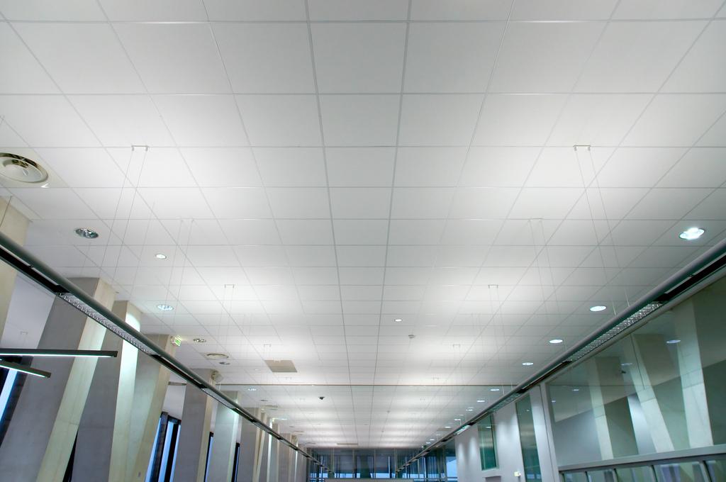 Comment faire un faux plafond?