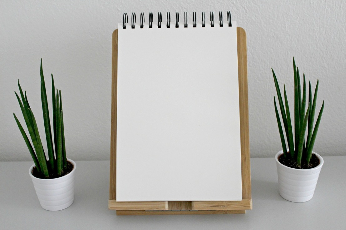 notebook-2465914_1280