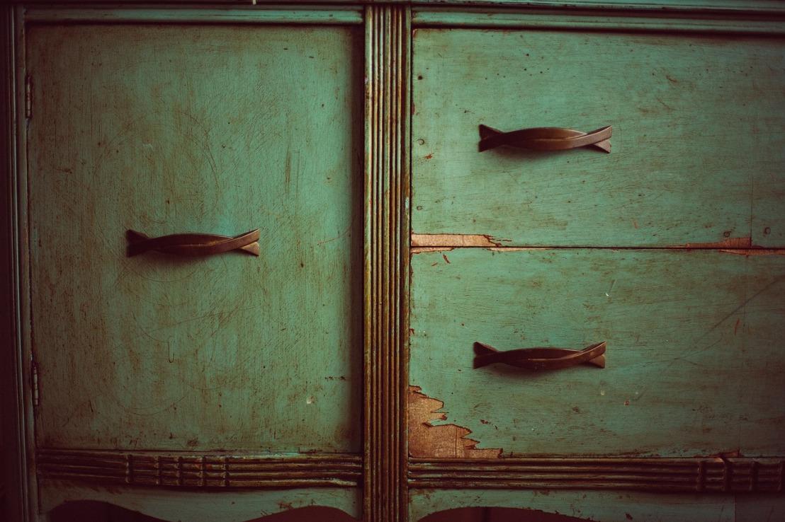 cupboard-349935_1280(2)