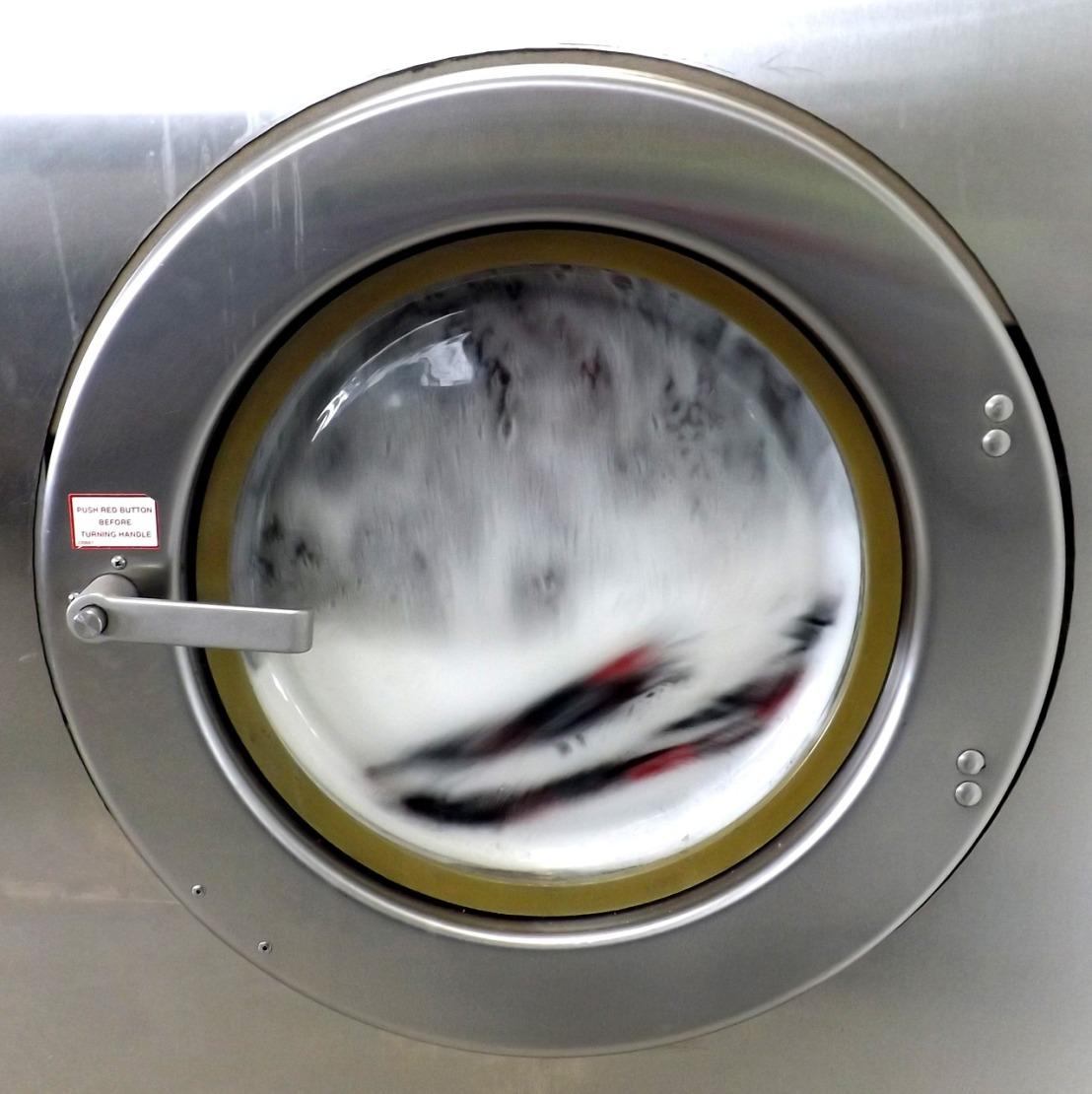 laundromat-1567859_1280