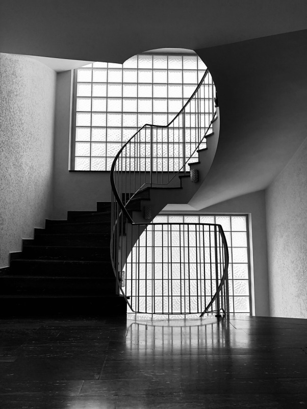 stairs-4269550_1280
